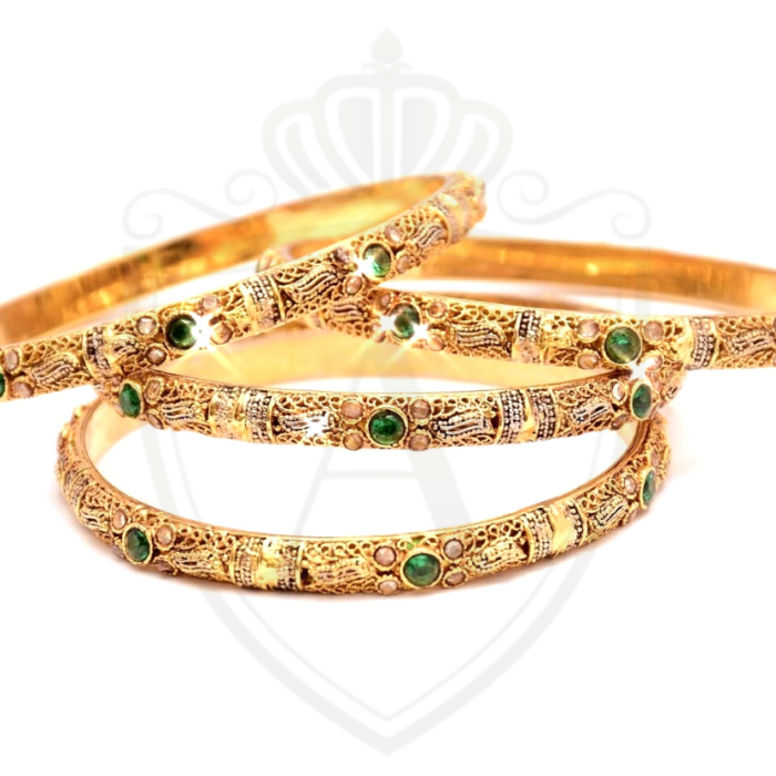Emerald Bangles in Pakistan